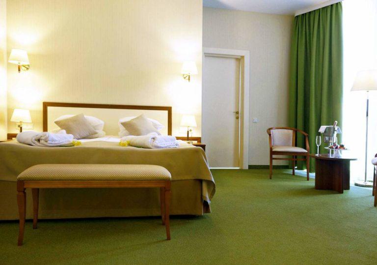 Отель «Грей ИНН»