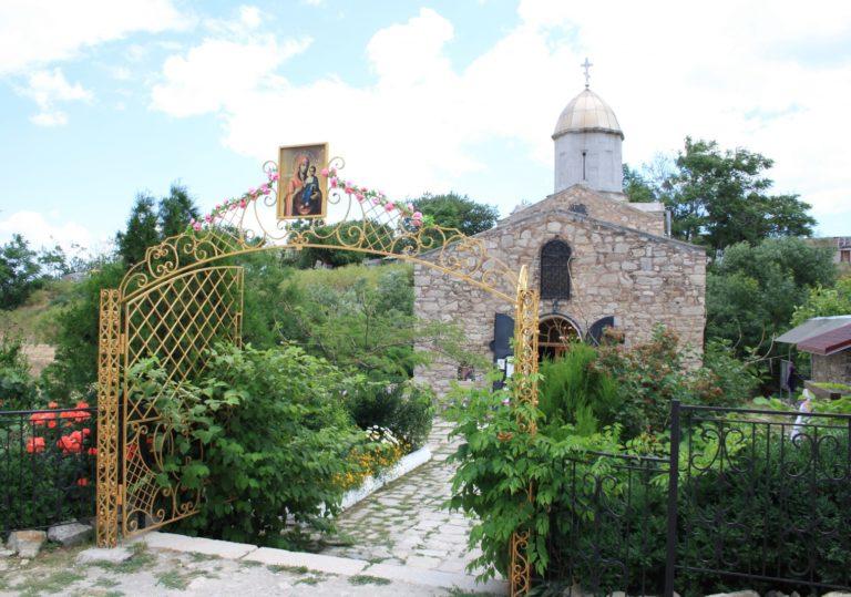 Храм Иверский