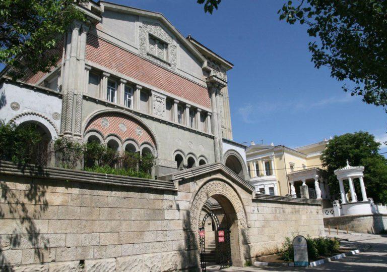 Музей нескучной истории «ФЕОСТОРИЯ»
