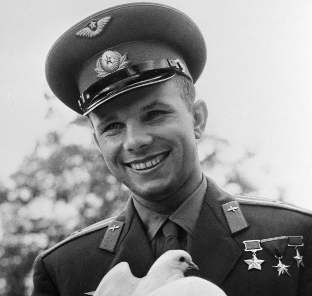 Гагарин Юрий Алексеевич (1934-1968) |