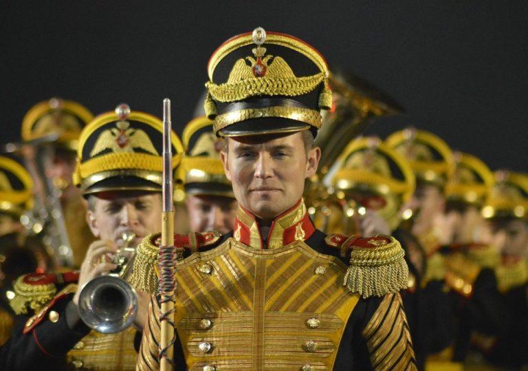 Фестиваль военных оркестров + День России