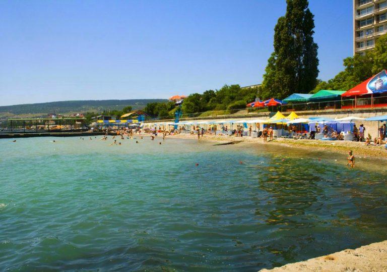Пляж пансионата «Феодосия»