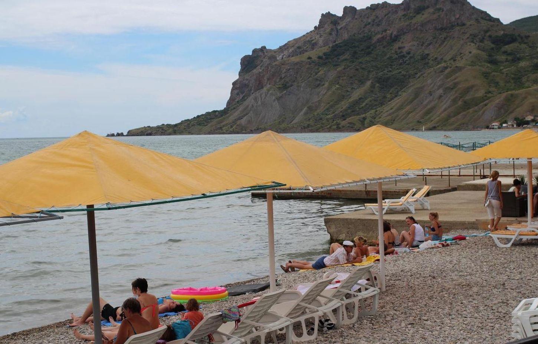 мальтийский пляж коктебель фото реквизита свадебной арки