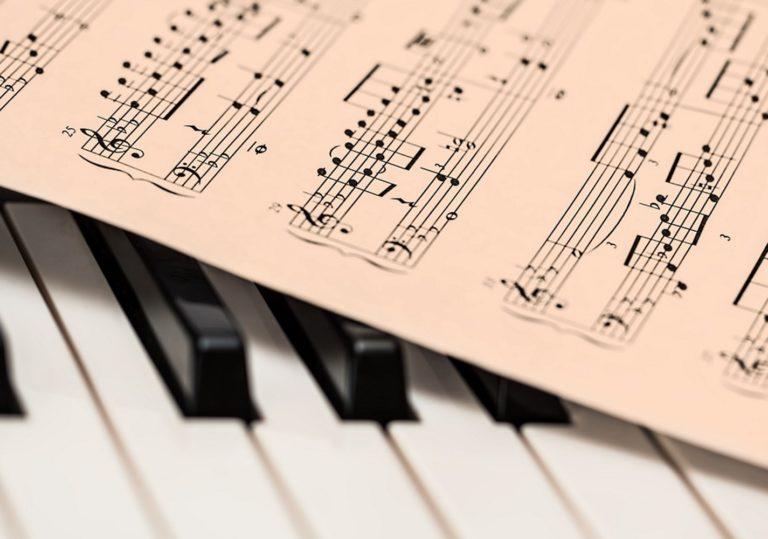 30 октября — Концерт фортепианной музыки «Музыка вновь слышна…» в Феодосийском музее Александра Грина