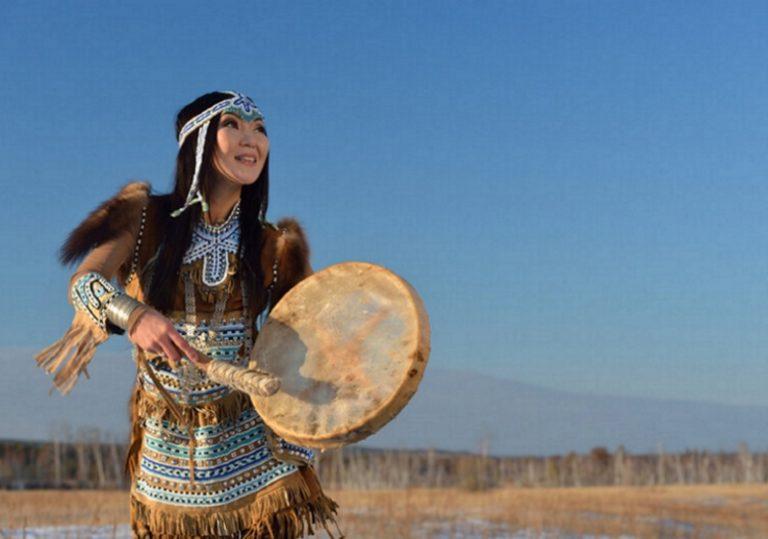 19 сентября — XV Кочующий фестиваль «Манящие миры. Этническая Россия». Программа «Пространство памяти»