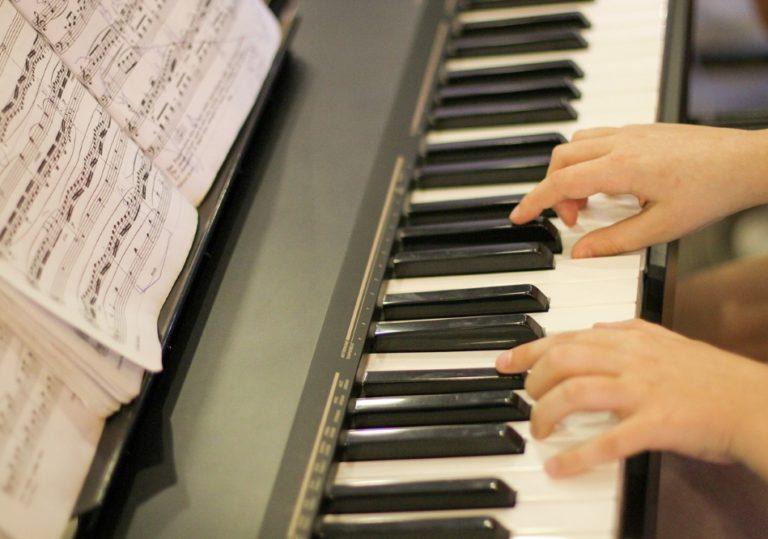 16-25 ноября — XII Международный конкурс молодых пианистов имени Алемдара Караманова