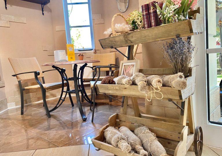 Десерты в кофейне курортного комплекса «Алые Паруса»